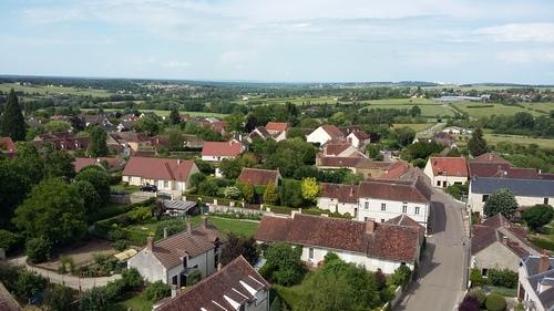Au loin, une partie d'Auxerre